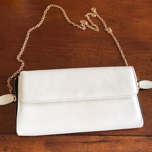 Sweet Level Leather Clutch
